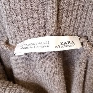 Zara Sweaters - $8 SALE! Zara Turtleneck Poncho Sweater